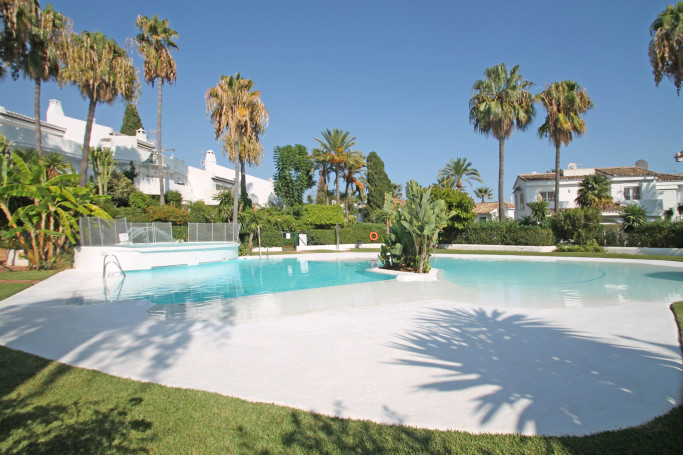 Townhouse, ref: 1185 for sale in Camoján, Marbella Golden Mile