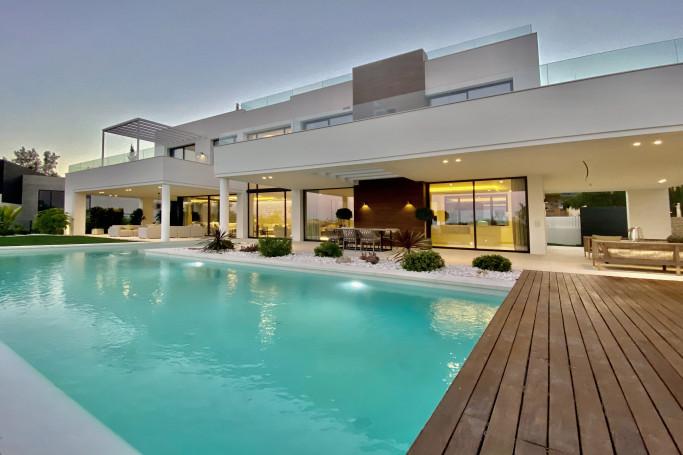 Villa, ref: 716 for sale in La Quinta, Marbella West