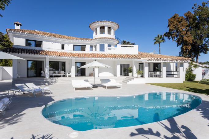 Villa, ref: 1192 for sale in Guadalmina Alta, Marbella West