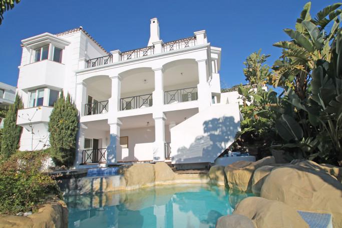 Villa, ref: 165 for sale in La Quinta, Marbella West