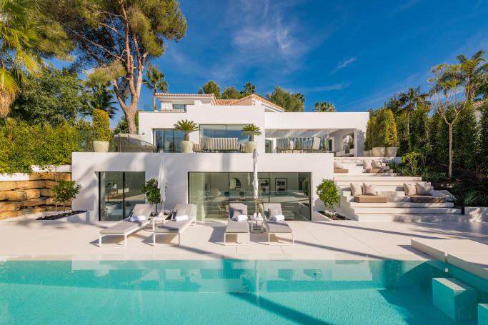 Villa, ref: 579 for sale in Golf Valley, Marbella West