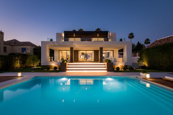 Villa, ref: 1236 for sale in Los Naranjos Golf, Marbella West