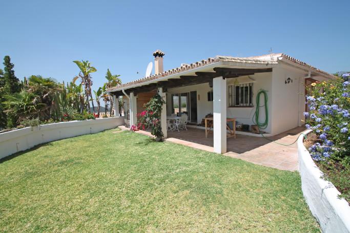 Villa, ref: 1240 for sale in Istán Road, Marbella Green Mile
