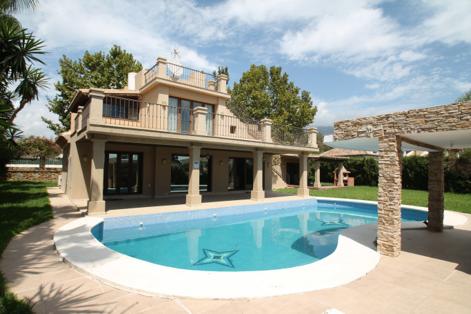 Villa, ref: 1247 for sale in Oasis de Marbella, Marbella Golden Mile