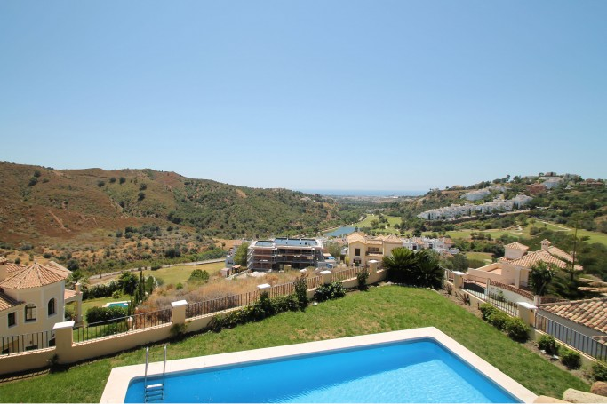Villa, ref: 785 for sale in Lomas de La Quinta, Marbella West