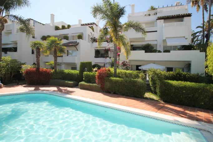 Apartment, ref: 650 for sale in Alhambra del Mar, Marbella Golden Mile