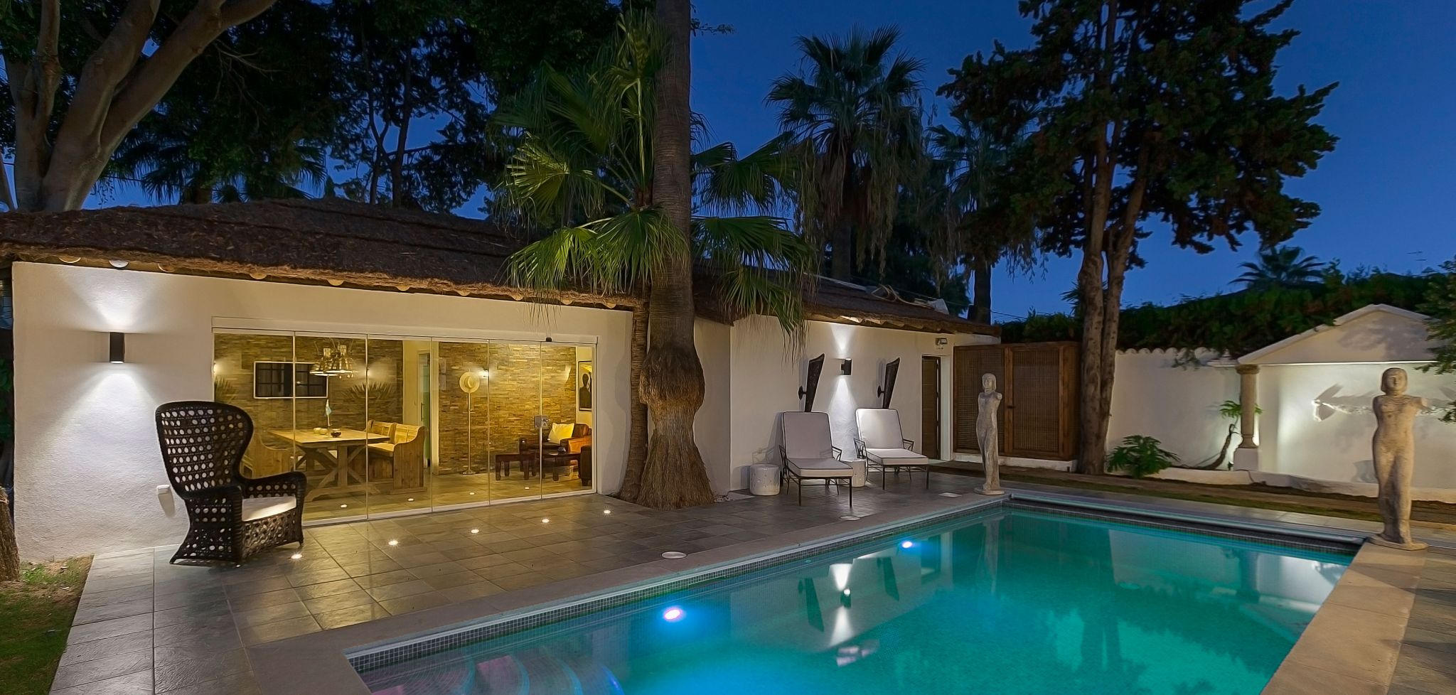 Brand new beachside villa in Marbella West