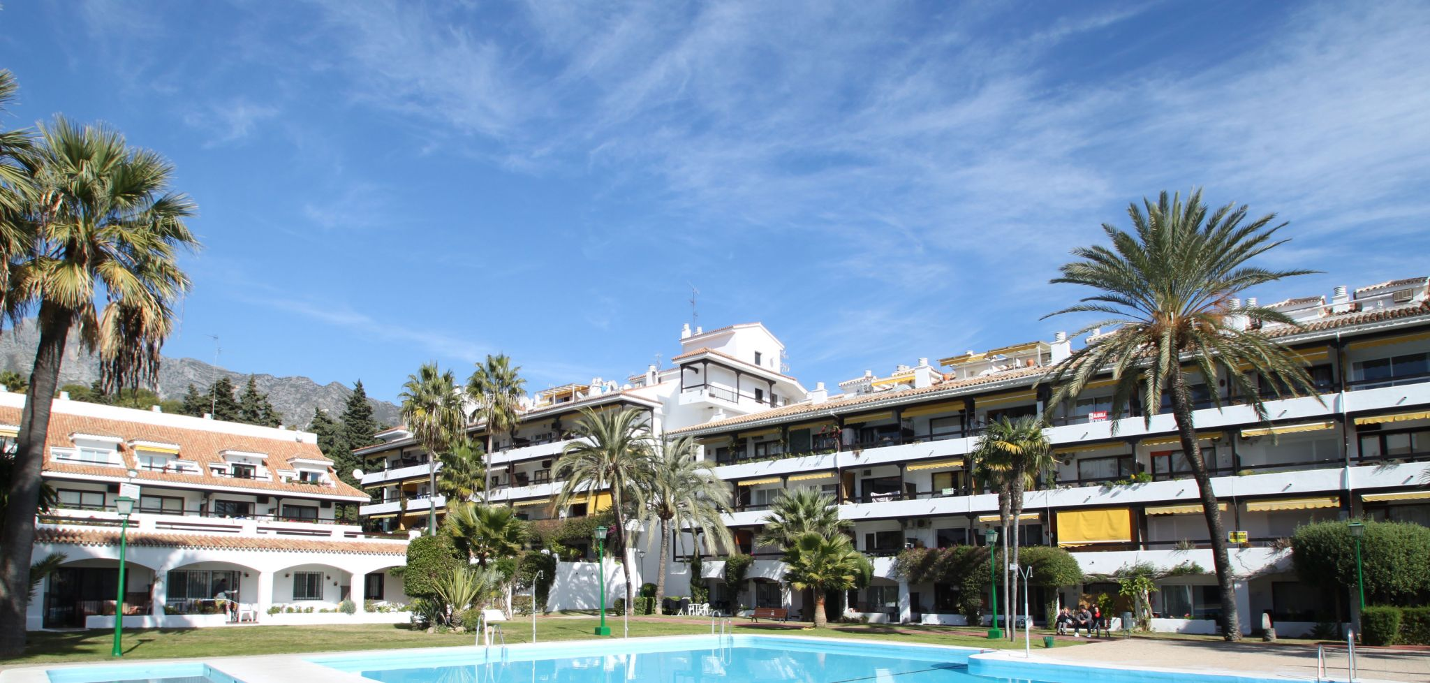 Two bedroom corner apartment within walking distance from the beach